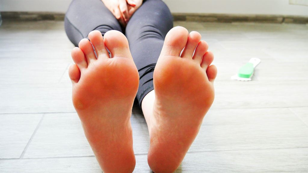 Young girls feet